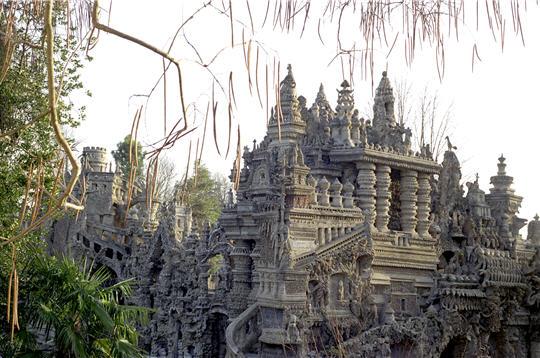 CHEVAL-Le palais